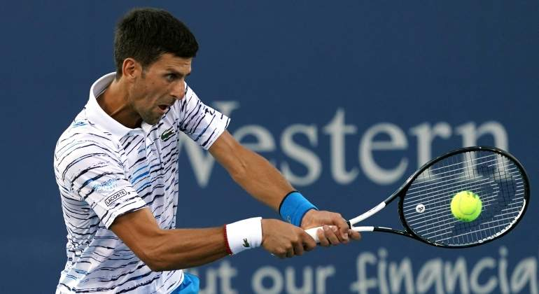 djokovic-carreno-cincinnati-reuters.jpg