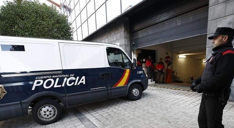 furgon-policial-manada-pamplona-efe.jpg