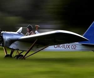 /imag/_v0/770x420/8/1/6/avion-artesanal-2-770x420-reuters.jpg - 300x250