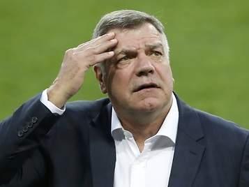 Allardyce, a punto de ser despedido tras ayudar a burlar reglas de la Federación