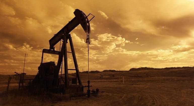 Continuará exceso de petróleo a menos que OPEP haga algo