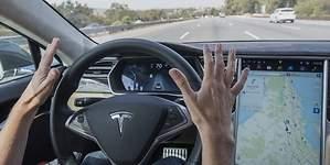 Tesla anuncia su gran sorpresa: coches autónomos para 2018