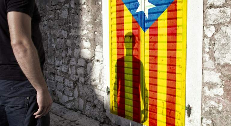 independencia-cataluna-hombre-sueno-dreams.jpg