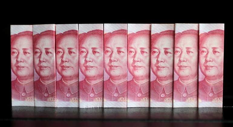china-yuan-divisas-fila-reuters.jpg