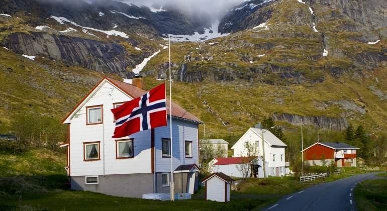 noruega-bandera-casa.jpg