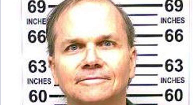 Mark-Chapman-Asesino-Lennon-Niegan-Libertad-Reuters-770.jpg