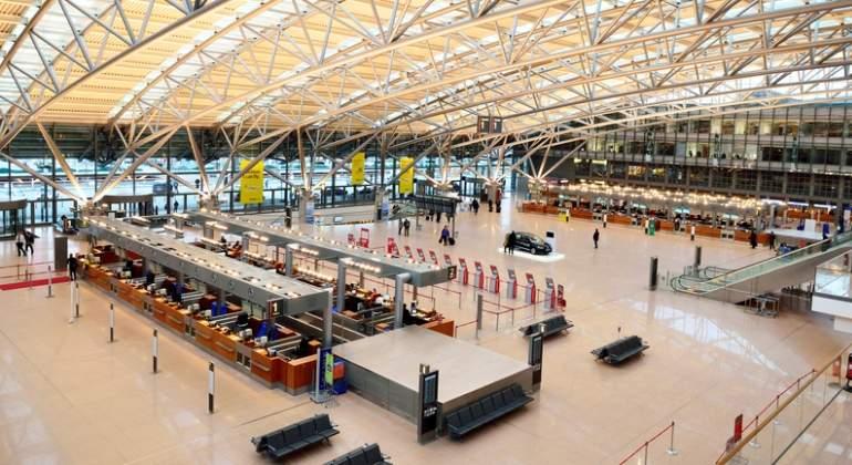 Reabren aeropuerto de Hamburgo: 68 personas intoxicadas con gas urticante