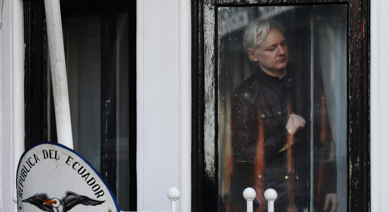 Justicia rechaza los argumentos de Assange contra su orden de detención