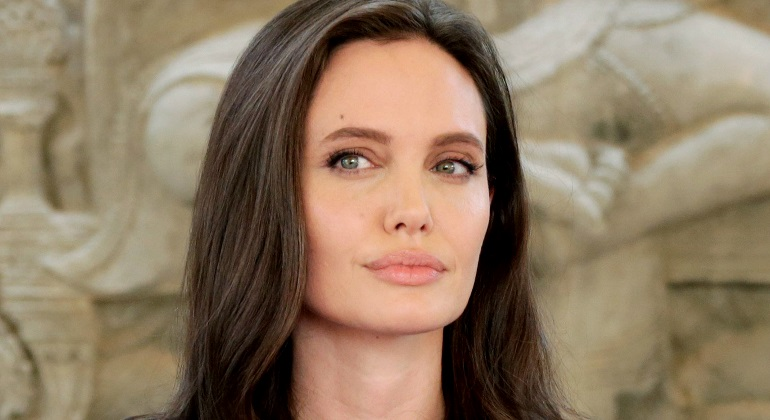 angelina-jolie-intento-770.jpg
