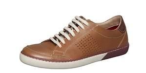 Renzo Costa apuesta por el calzado masculino con nueva tienda en el Jockey Plaza