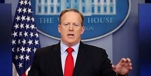 Sean Spicer presenta su dimisión como portavoz de la Casa Blanca