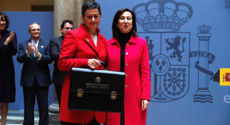 Gonzalez-Laya-Robles-toma-posesion.jpg