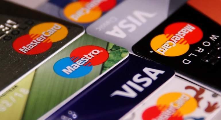 visa-mastercard-pago-tarjeta-reuters.jpg