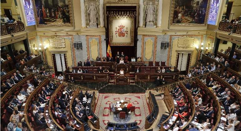 indemnizacion-congreso-770x420-efe.jpg