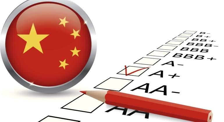 China critica a Moody's por bajar su calificación crediticia
