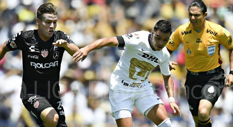 Pumas-Necaxa-feria-de-goles-5-3-goleada-victoria-Liga-mx.jpg