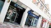 Varias oficinas bancarias