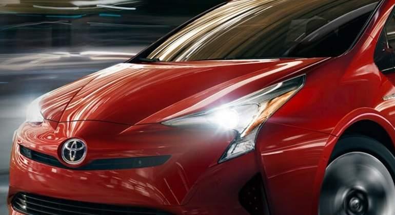 Profeco recomienda revisión de Toyota Prius por fallas en frenado