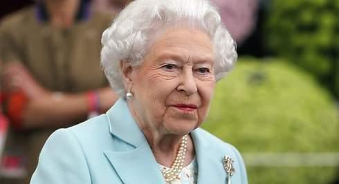 La reina Isabel de Inglaterra vende botellas de vino por 85 euros