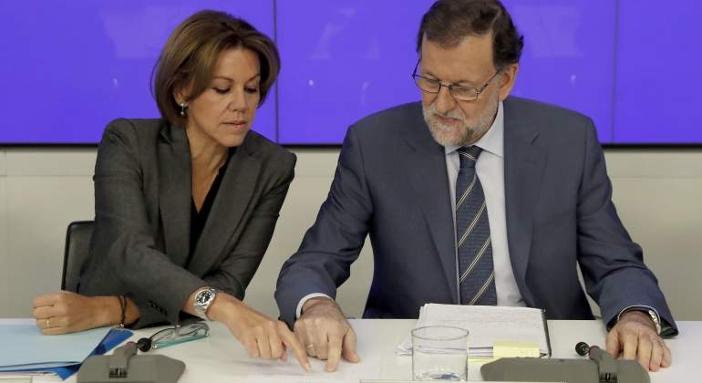 cospedal-rajoy-papeles.jpg