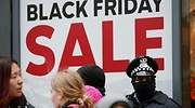 black-friday-policia-reuters.jpg
