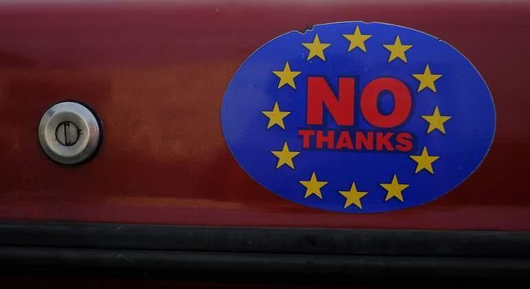 pegatina-brexit-reuters.jpg