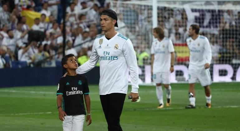 El entorno de Cristiano Ronaldo genera dudas en el Real Madrid