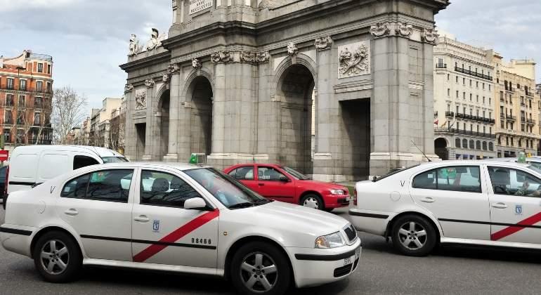 taxi-madrid-dreamstime.jpg