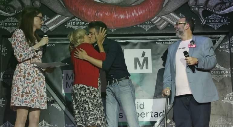 Resultado de imagen de Aguado, sobre Carmena y Errejón: Que sigan besándose mucho pero en oposición