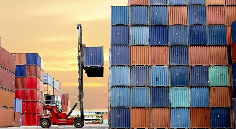 contenedores-exportacion-maquina-770-istock.jpg