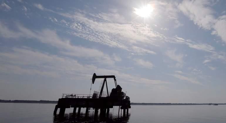 petroleo-cielo.jpg