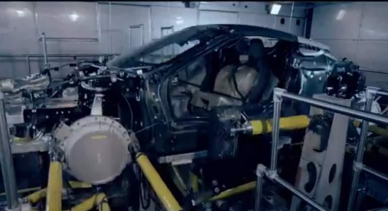 bmw-i8-roadster-teaser-pruebas.jpg