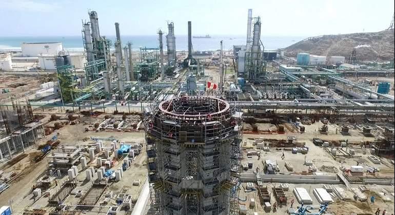 Petroperú se endeudará por 1300 millones de dólares para modernizar Talara