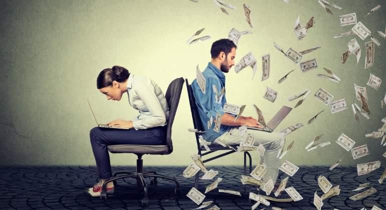 desigualdad-mujer-hombre-billetes-dreamstime.jpg