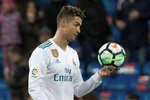 Cristiano Ronaldo acecha a Messi