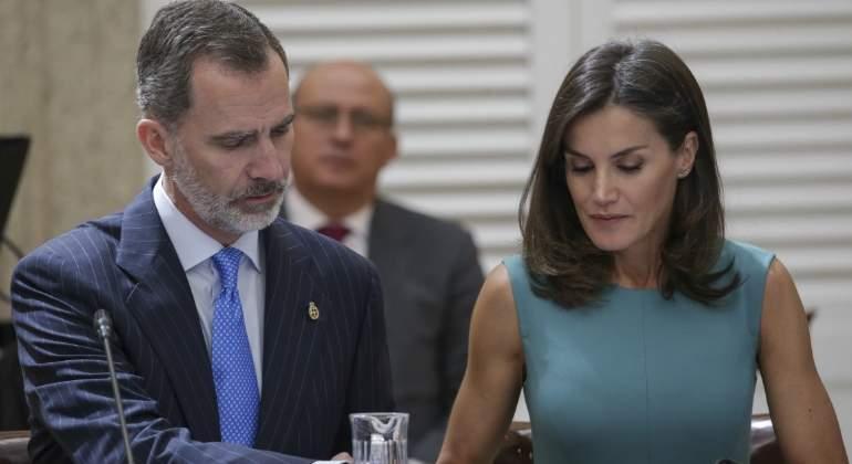 Cristina Plagiootra PedrocheAcusada VezPor De Vestido Su En mNwO08vn