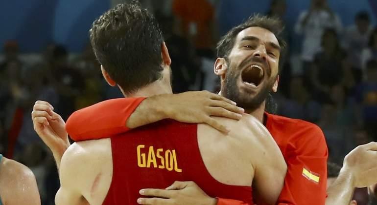 Calderón se retira de la selección para centrarse en los Gallos