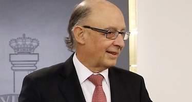 Hacienda da un paso atrás y aclara que los congresos de los médicos no tributarán en el IRPF