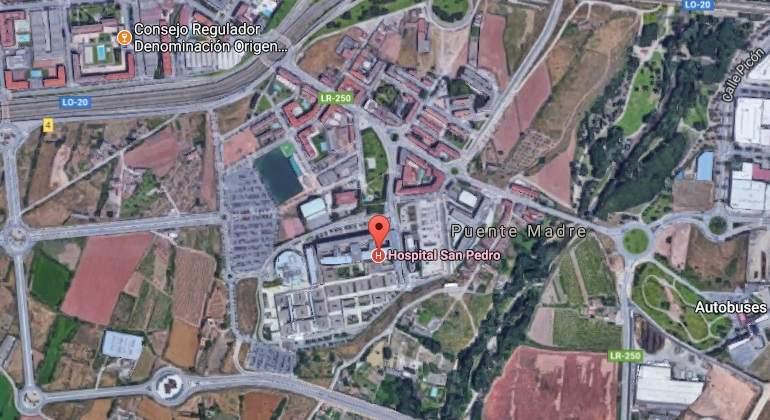 Atropellada una viandante en Logroño tras la colisión entre una ambulancia y una furgoneta