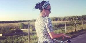 El descuido de Katy Perry: enseña su ropa interior