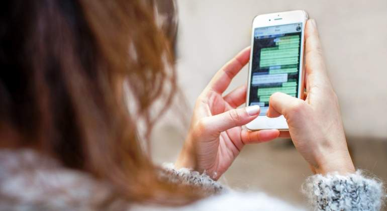 whatsapp-smartphone-chat-conversacion-getty.jpg
