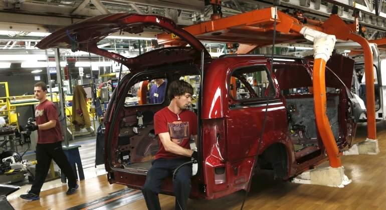 Fiat Chrysler llama a revisión 21 mil 668 camionetas en México