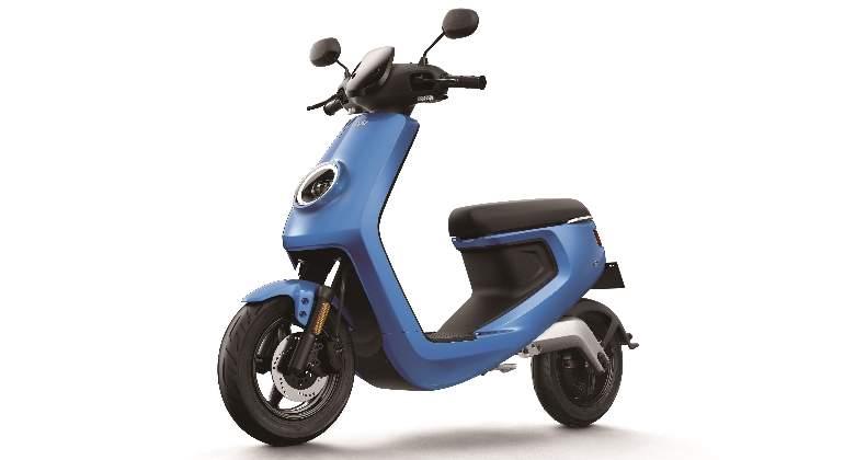 niu-serie-m-scooter-01.jpg
