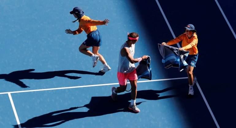 Nadal-toalla-recogepelotas-2017-efe.jpg