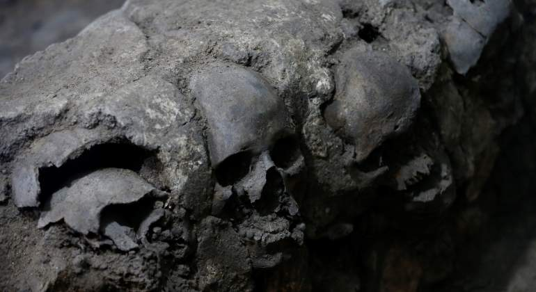INAH encuentra 650 cráneos cerca del Templo Mayor