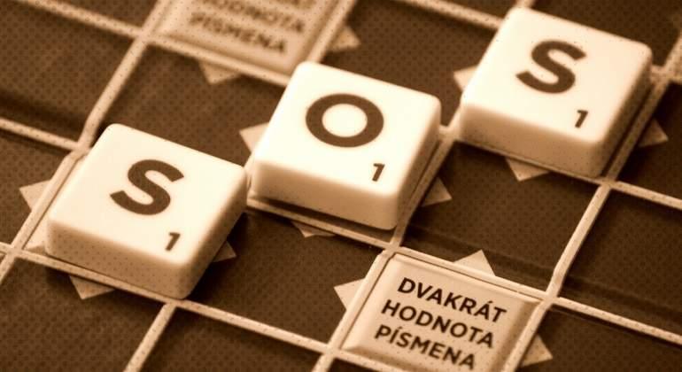 SOS-en-una-partida-de-Scrabble