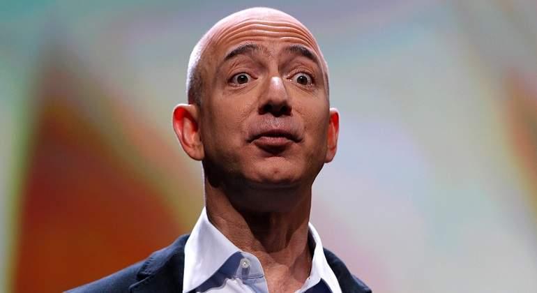 La fortuna del fundador de Amazon supera los 100 mil mdd