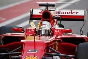Sebastian Vettel logra la pole y Ferrari asalta Rusia