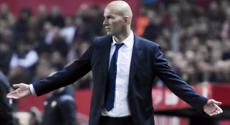 Zidane-abre-brazos-Sevilla-2017-efe.jpg