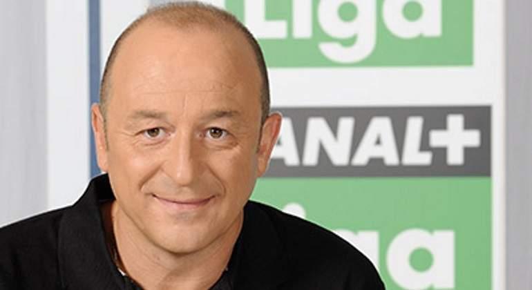 Nacho Aranda abandona El Día del fútbol tras de doce años...